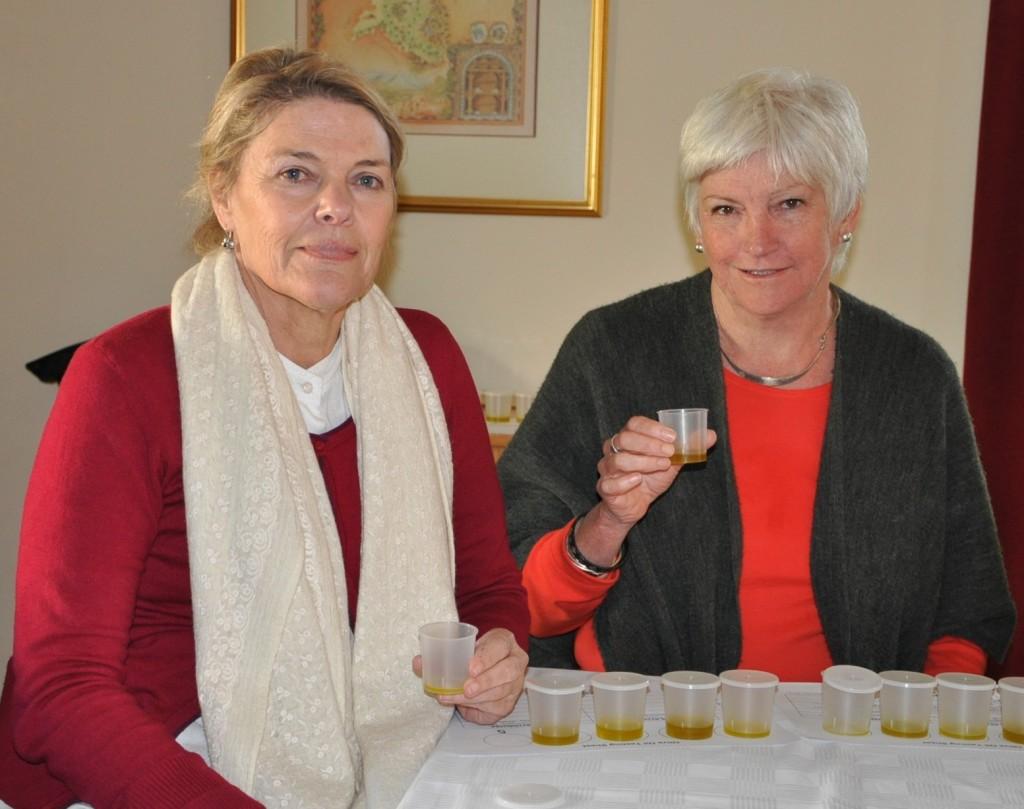 Hanlie Allan and Glynis van Rooyen