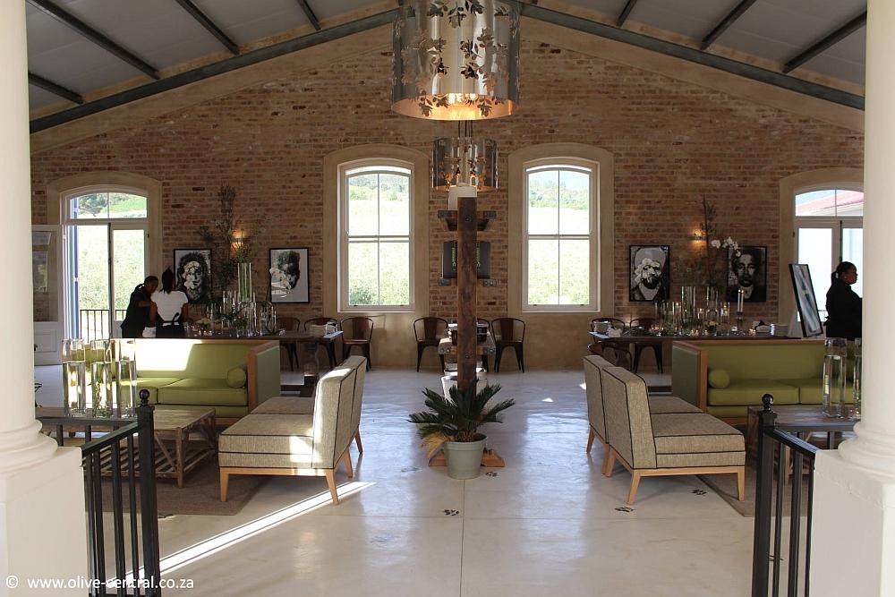 oakhurst olive tasting room